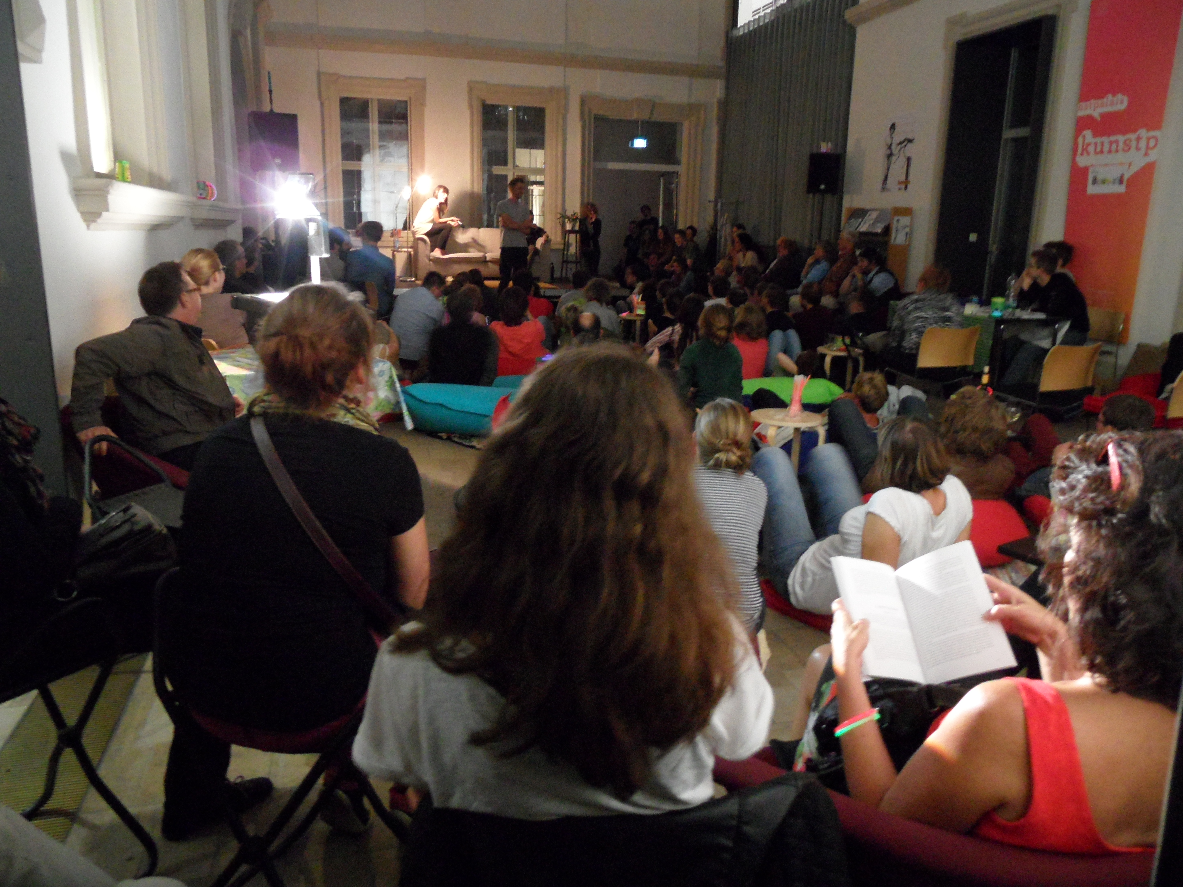 Das Kunstpalais Wohnzimmer Mit Anja Zeltner Und Roland Halbig