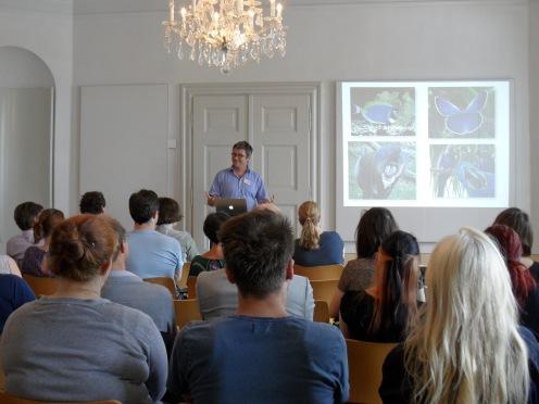 """Prof. Dr. Markus Wild (Universität Basel) """"Tiere: Selbsterhaltung und Selbstdarstellung"""""""
