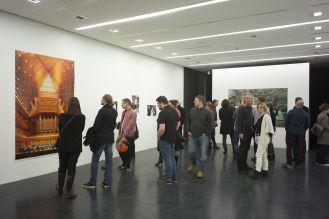 Besucher in der Ausstellung, Foto: Markus Faber