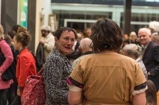 Dr. Elisabeth Preuß, Sozialreferentin, mit Amely Deiss, Foto: Kilian Reil