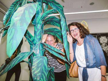 Unsere Kunstvermittlerinnen Angelika Kern und Monica Giorgetti Stierstorfer, Foto: Frédéric Schwilden
