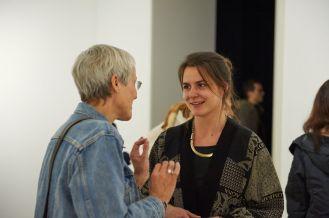 Anne Reimann (Leiterin des Kulturamts, Erlangen) und Milena Mercer (Kuratorin, Kunstpalais, Erlangen), Foto: Markus Faber