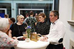 Susie Schweizer, Johanna Berges-Grundert und Prof. Dr. Hans Dickel, Vorstand der Freunde des Kunstpalais e.V.; Foto: Markus Faber