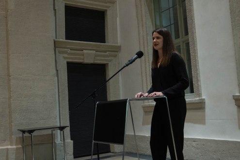Milena Mercer, Kuratorin der Ausstellung und kommissarische Leiterin des Kunstpalais, Foto: Kimberly Banschbach