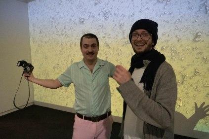 Frédéric Schwilden, Journalist, WELT und Andreas Greiner (in der, Künstler, Foto: Kimberly Banschbach